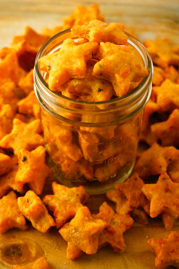 Homemade Cheez-Its and baked cheddar star crackers
