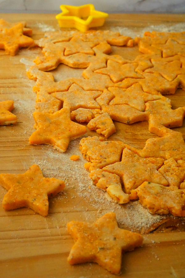 Homemade Cheez-Its and cheddar star cracker dough